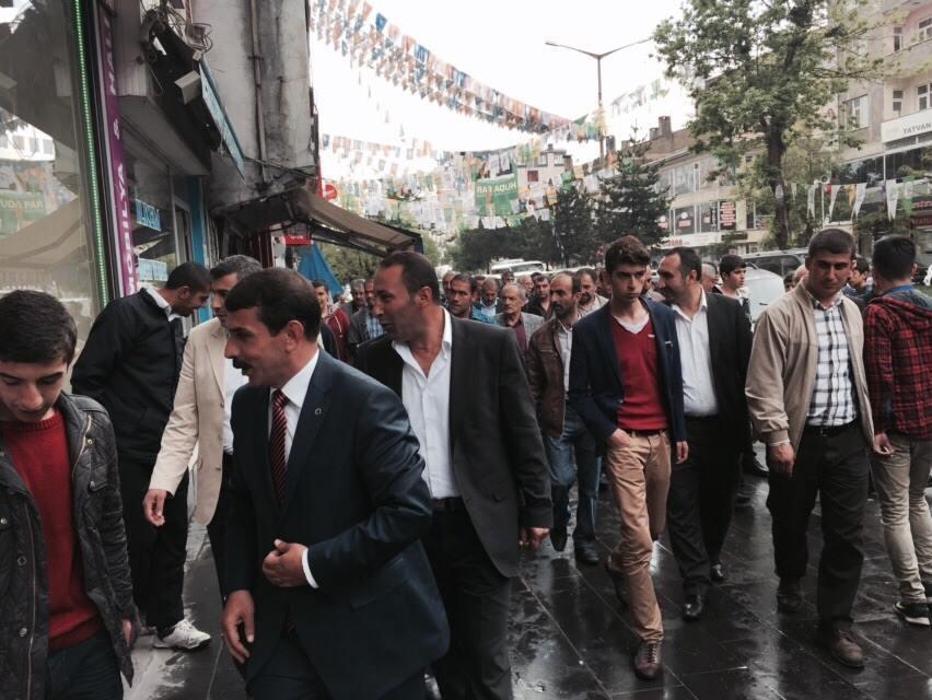 MHP Bitlis Milletvekili Adayı Taşdemir Esnaflarla Buluşmaya Devam Ediyor