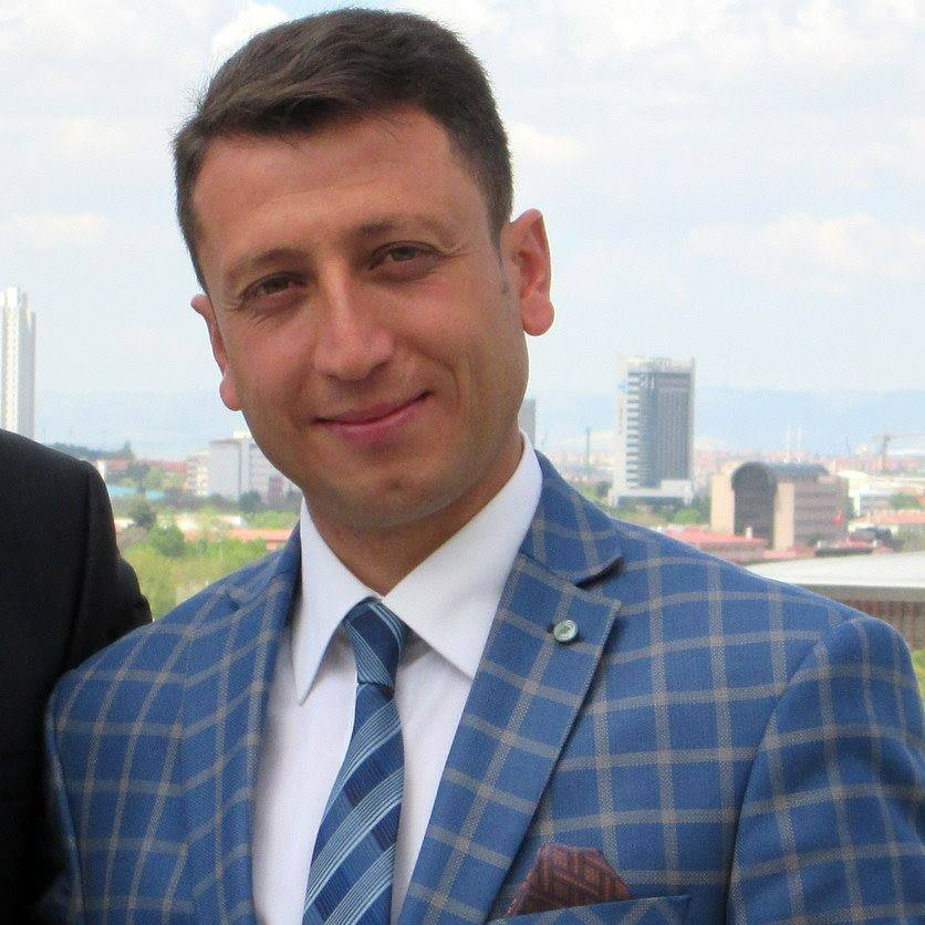Milli Sporcumuz Serdar Durer Milletvekilliği Adaylığını yapmayarak kendisini seven kitleyi üzdü!